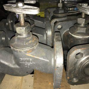 Вентиль (клапан) запорный чугунный 15кч19п