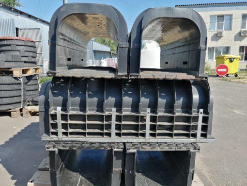 Лоток ЛВП Profi DN300 H365 C250 комплект с решеткой 1303C